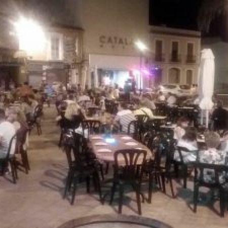 El Raco - Plaza